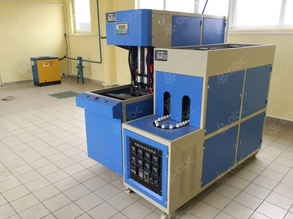 sunflower-seed-oil-labelling-machine