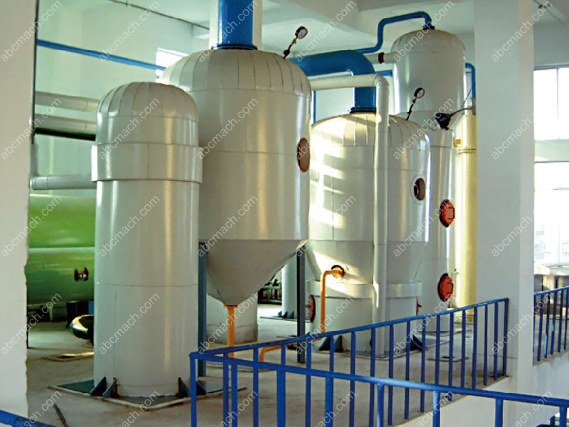 evaporator for oil refining