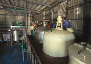 semi continuous oil refining process